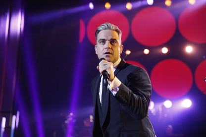 robbie-williams-children-in-need-rocks-1
