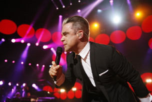 robbie-williams-children-in-need-rocks