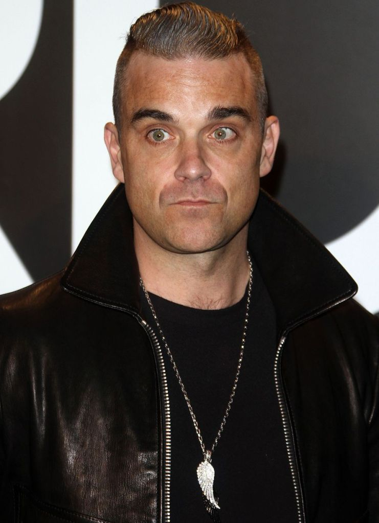 Robbie-Williams-at-the-Tom-Ford-show